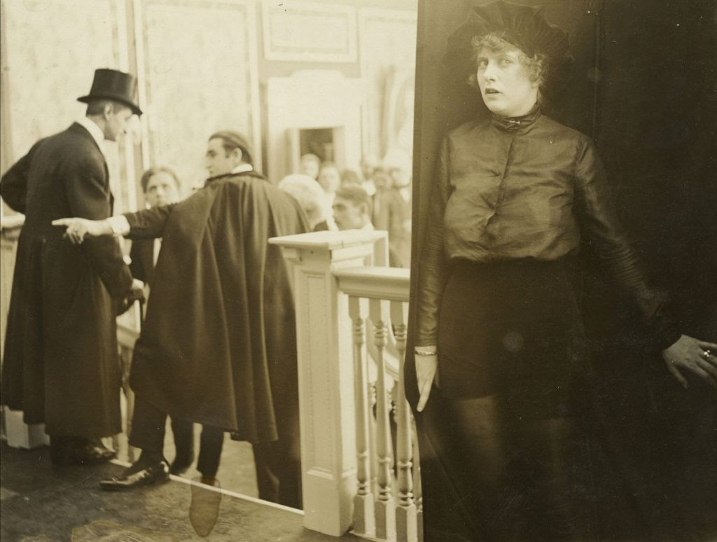 Grace Cunard - The Purple Mask (serial) (US 1916-17) di Grace Cunard e Francis Ford - Credit: AMPAS - Margaret Herrick Library, Los Angeles